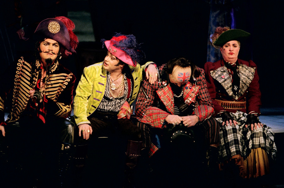 Pirates of Penzance,English National Opera,London,UK,2004 Photographer Bronac McNeill